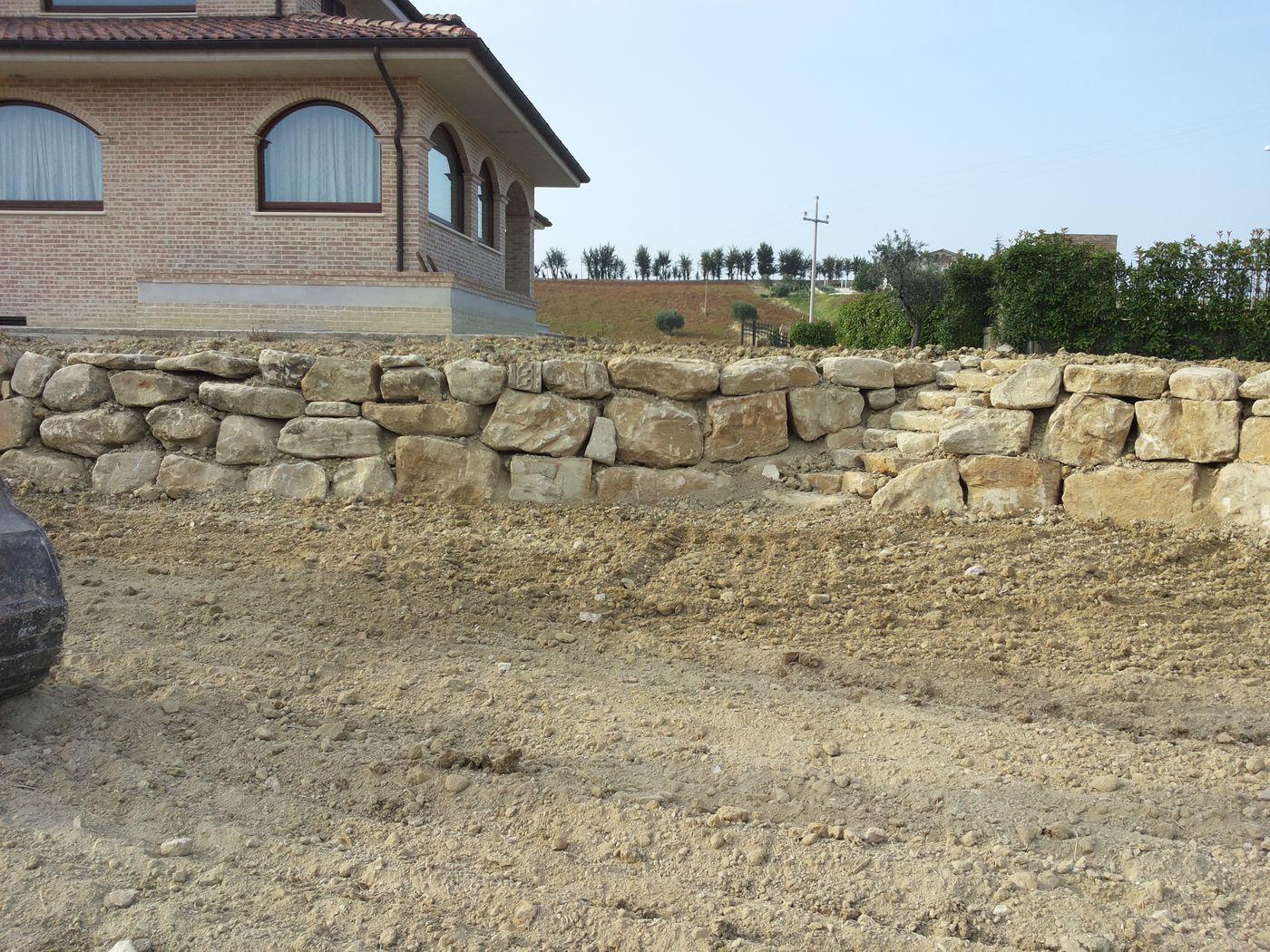 Scogliere per giardini comecreareunsito - Giardini in pietra ...